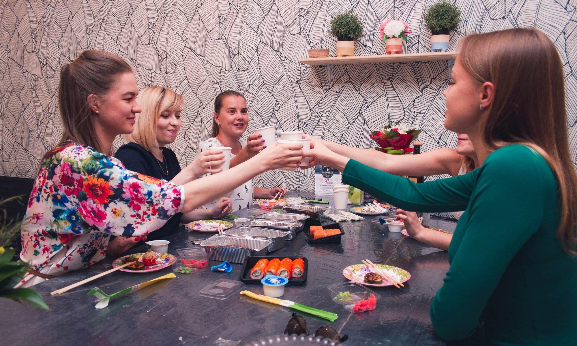 праздник в гончарной студии